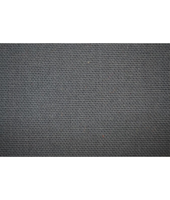 Tissu uni gris.